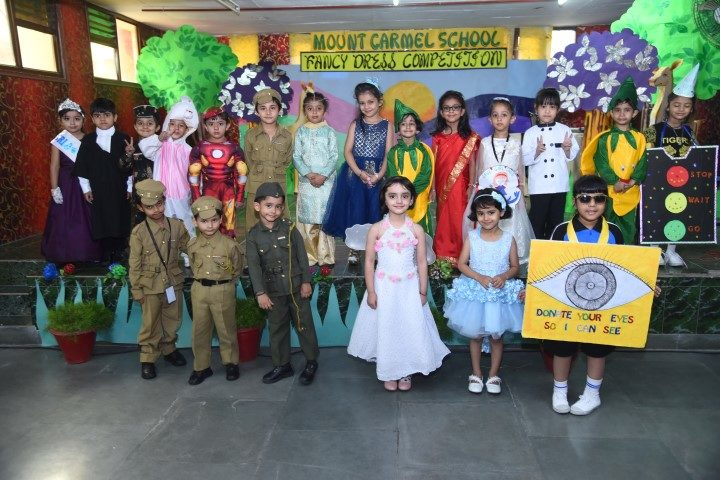 Our adorable participants & winners of Fancy Dress